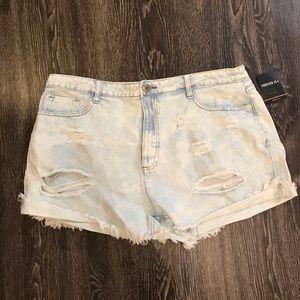 🌻 f21 denim shorts